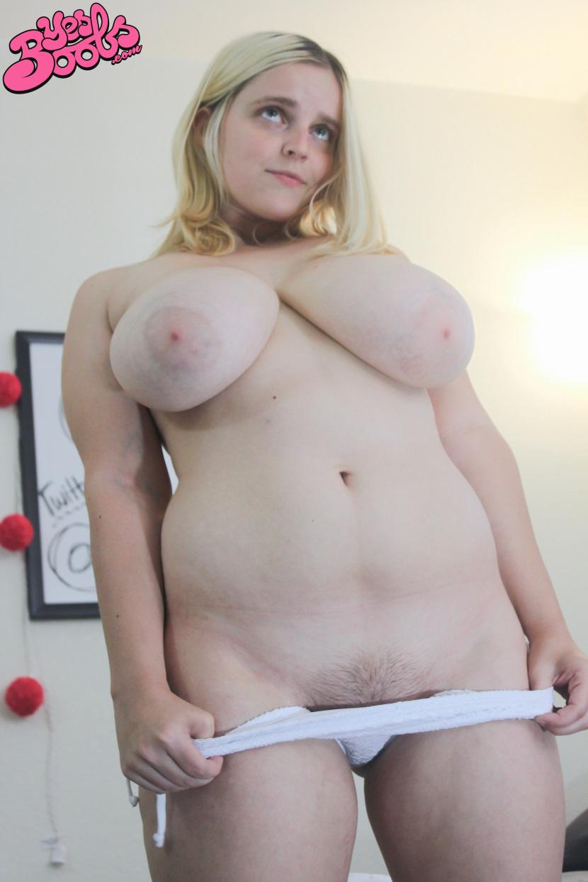 Codi-Vore-Bikini-YesBoobs